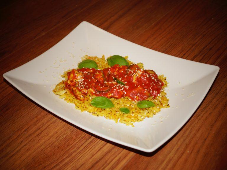 Pomidorowy kurczak curry