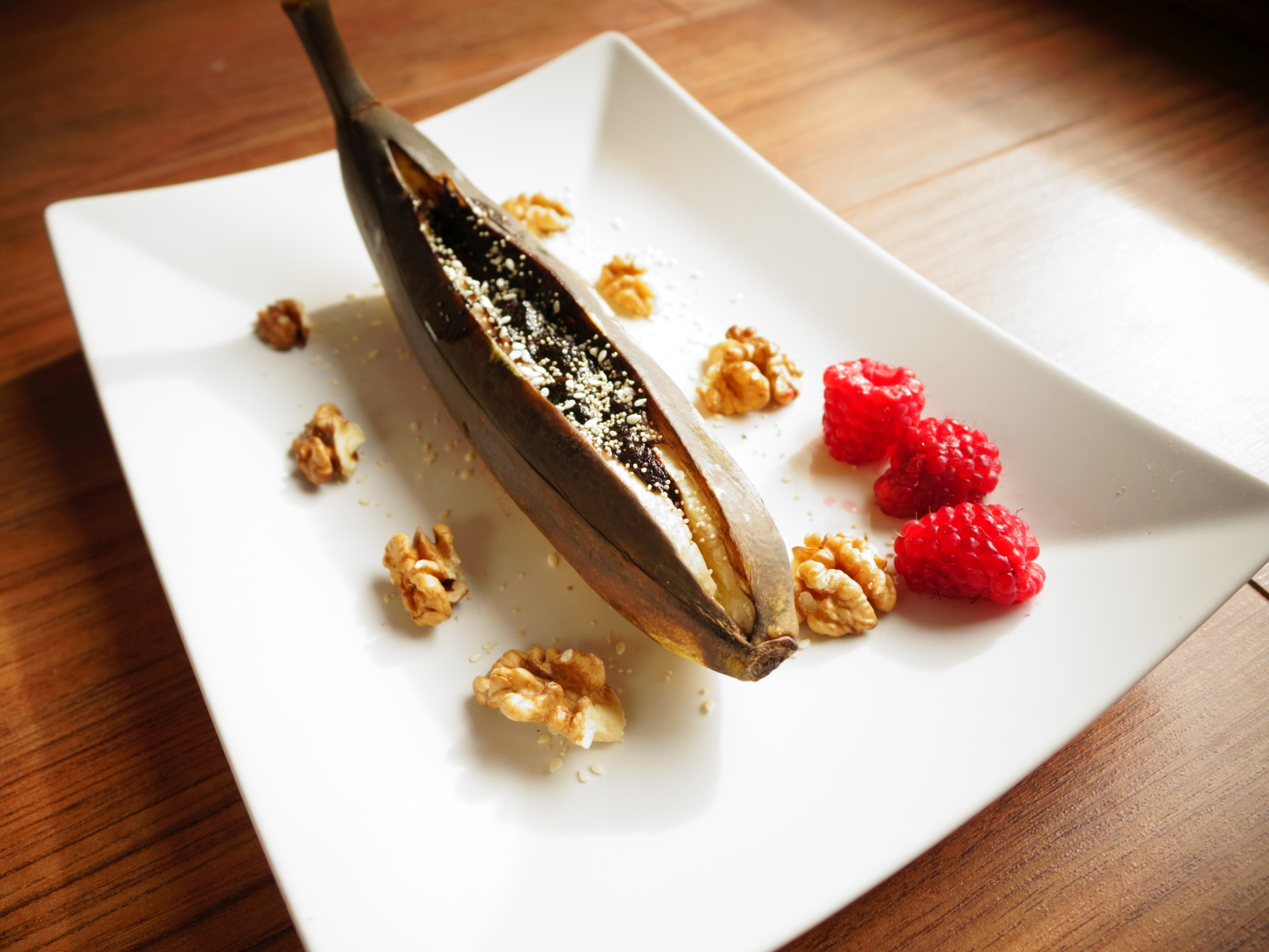 Czekoladowy banan z białym makiem | szybki deser