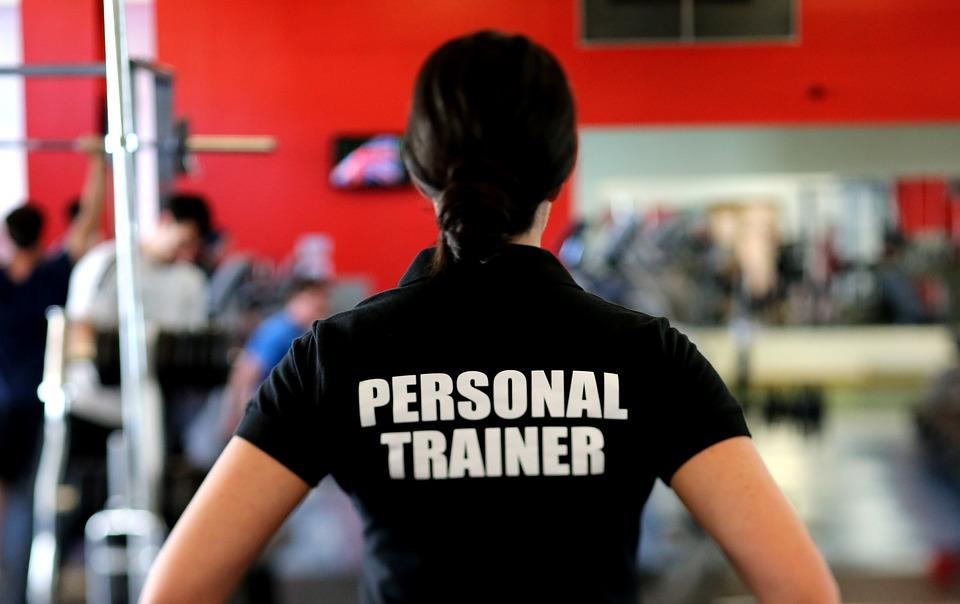 Jak sprawdzić trenera przed rozpoczęciem treningów?